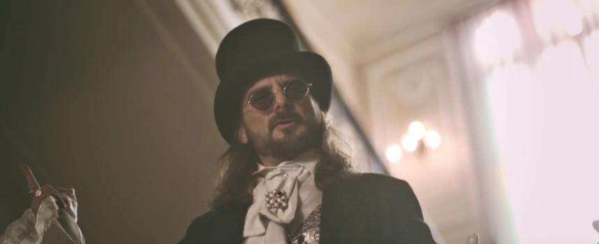 """KAOS è tornato a sorpresa e pubblica il video di """"COUP DE GRACE""""."""
