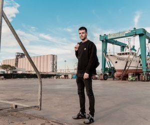 Jjames pubblica la prima parte del suo disco ufficiale.